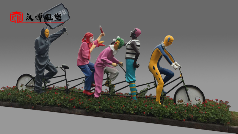 彩绘雕塑_玻璃钢雕塑_商业街雕塑_人物雕塑厂家_人物雕像定制