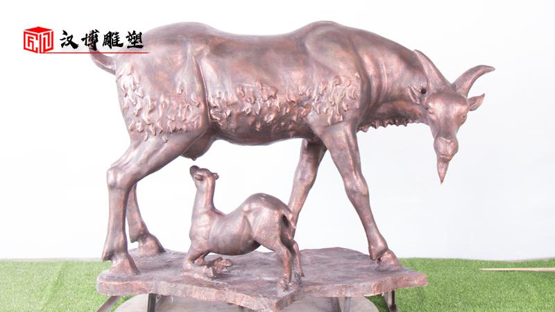 核心价值观雕塑_孝文化雕塑_人物雕塑定制_铸铜雕像_孝主题雕塑